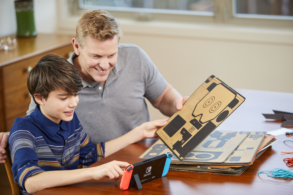 Father and son build the Labo robot